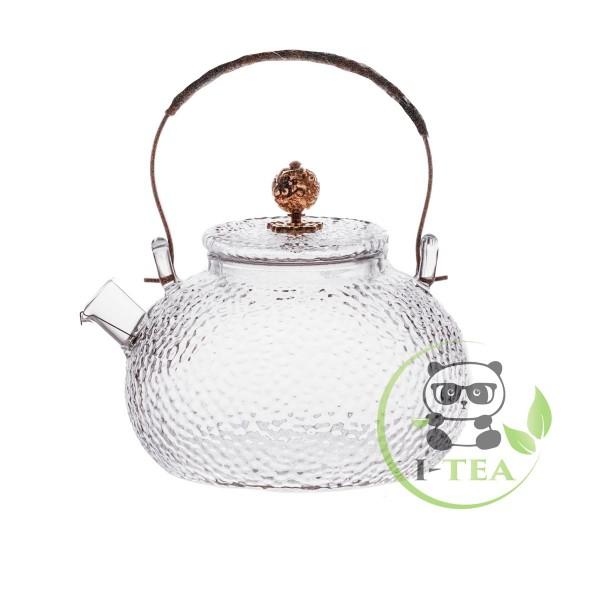 Текстурный заварочный чайник объемом 650 мл